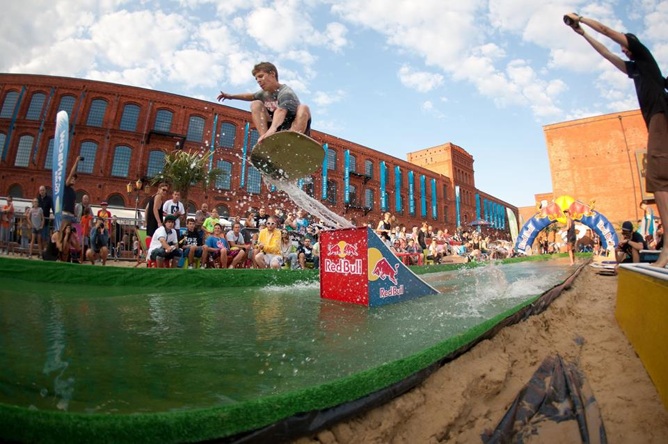 Red Bull SKIMiT | Manufaktura 2014